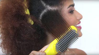 The Brush Crush Heated Straightening Brush